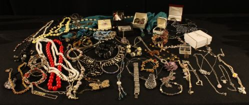 Costume Jewellery - bead necklaces; rings; modern charm necklace; bangles; earrings;qty