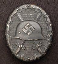 WW2 Third Reich Verwundetenabzeichen 1939 in Schwarz - Wound badge 1939 in Black. Maker marked L/56.