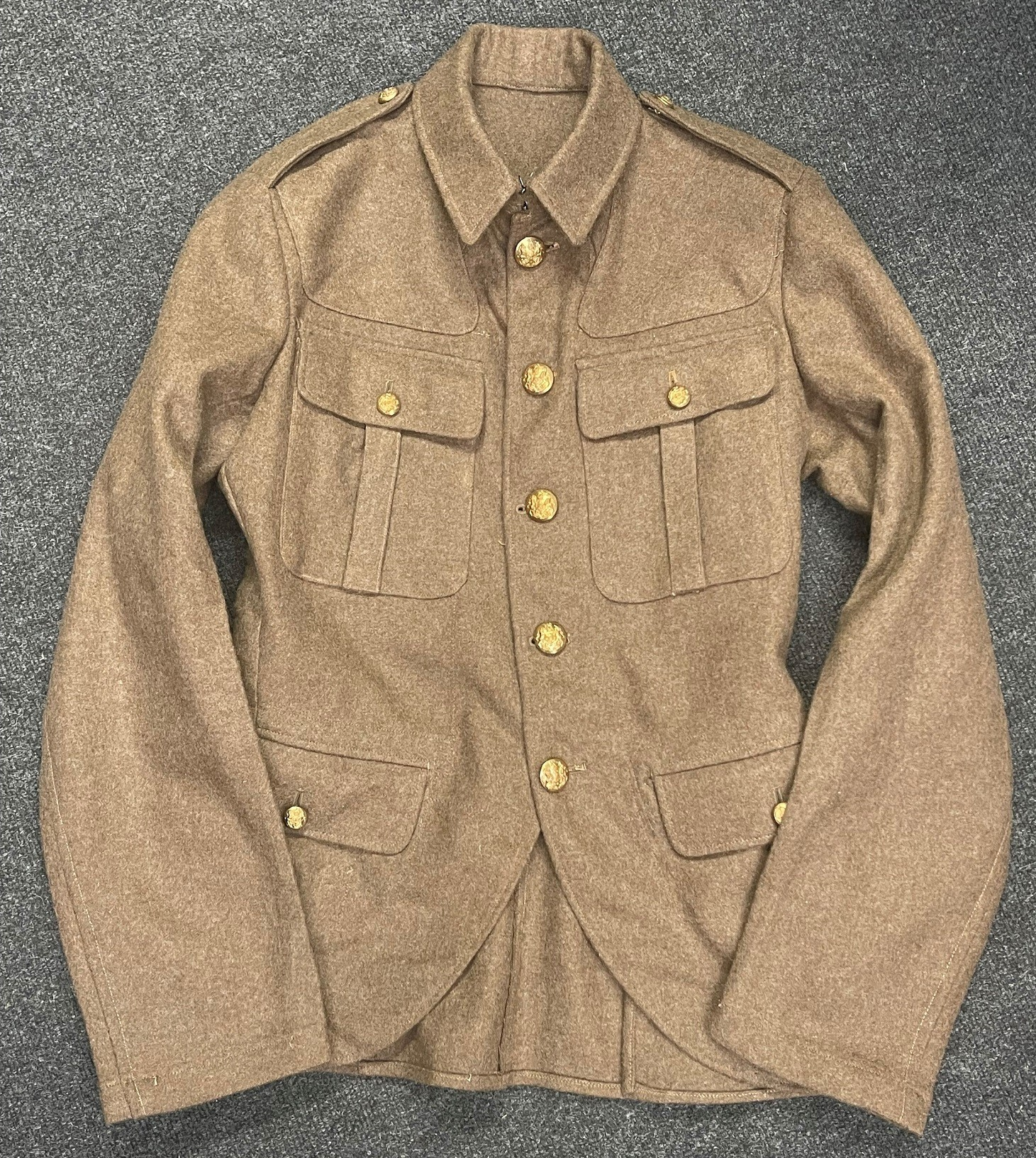 "WW2 British Jacket, Service Dress, OR Scottish Regiments. Size No 16 NS. Maker marked for ""J."