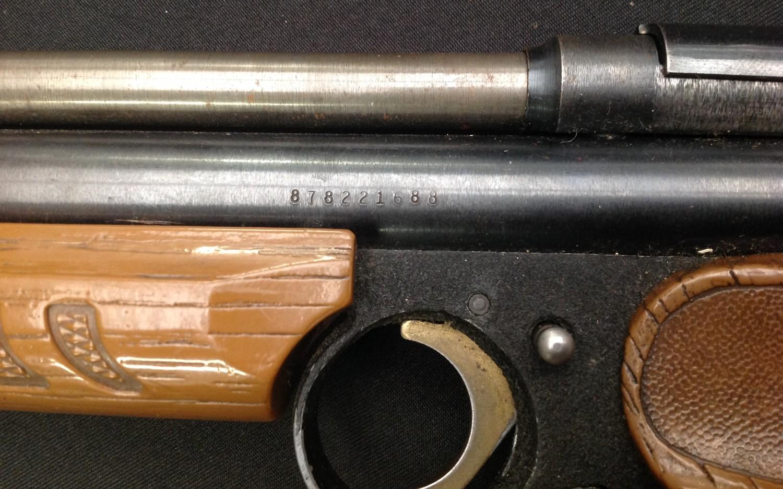 Crossman American Classic Model 1377 .177cal Pump Up Action Air Pistol. Serial number 878221688. - Image 5 of 7