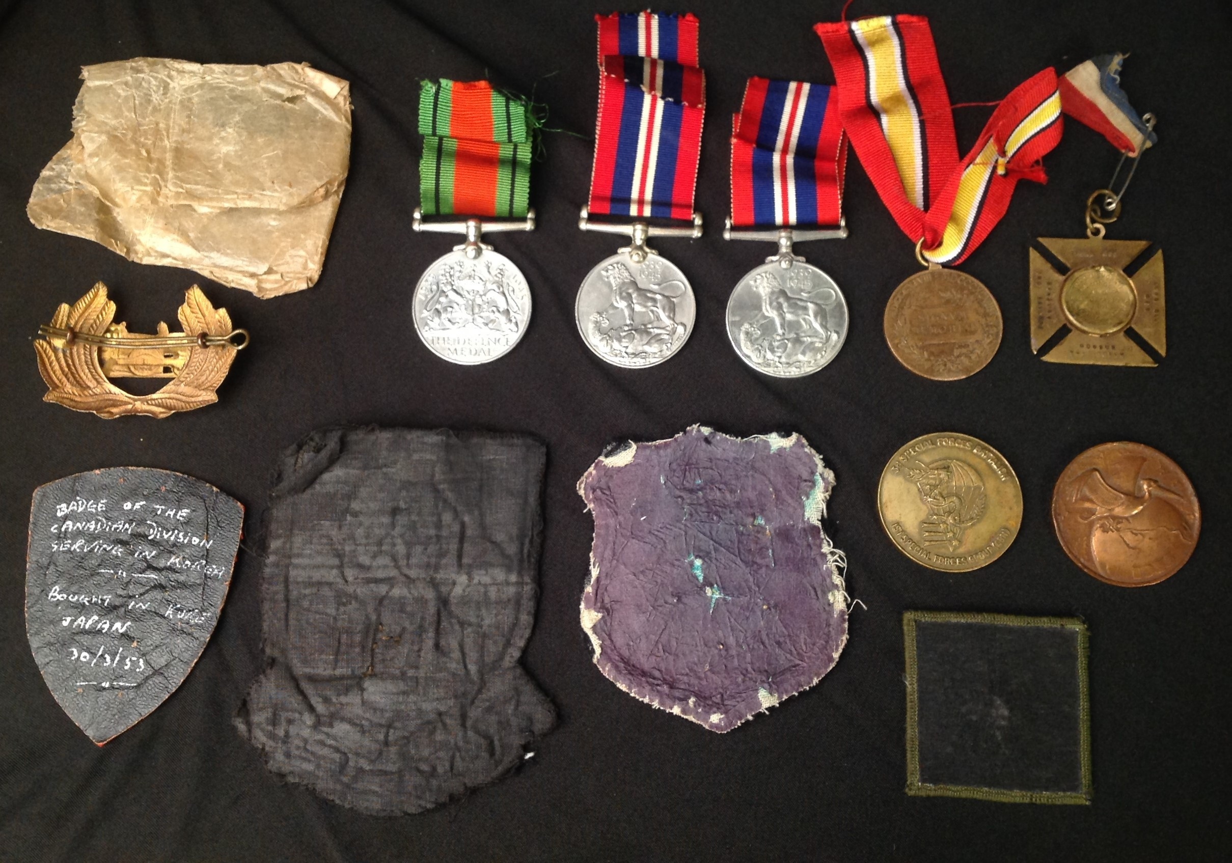 WW2 British War Medals x 2 with packets and a Defence Medal along with a selection of mixed - Image 2 of 7