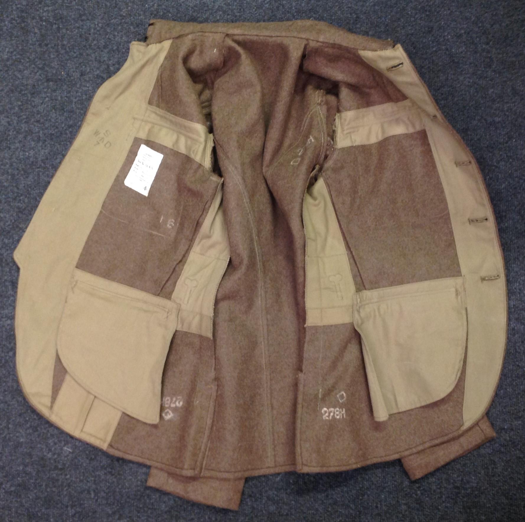 "WW2 British Jacket, Service Dress, OR Scottish Regiments. Size No 16 NS. Maker marked for ""J. - Image 4 of 5"
