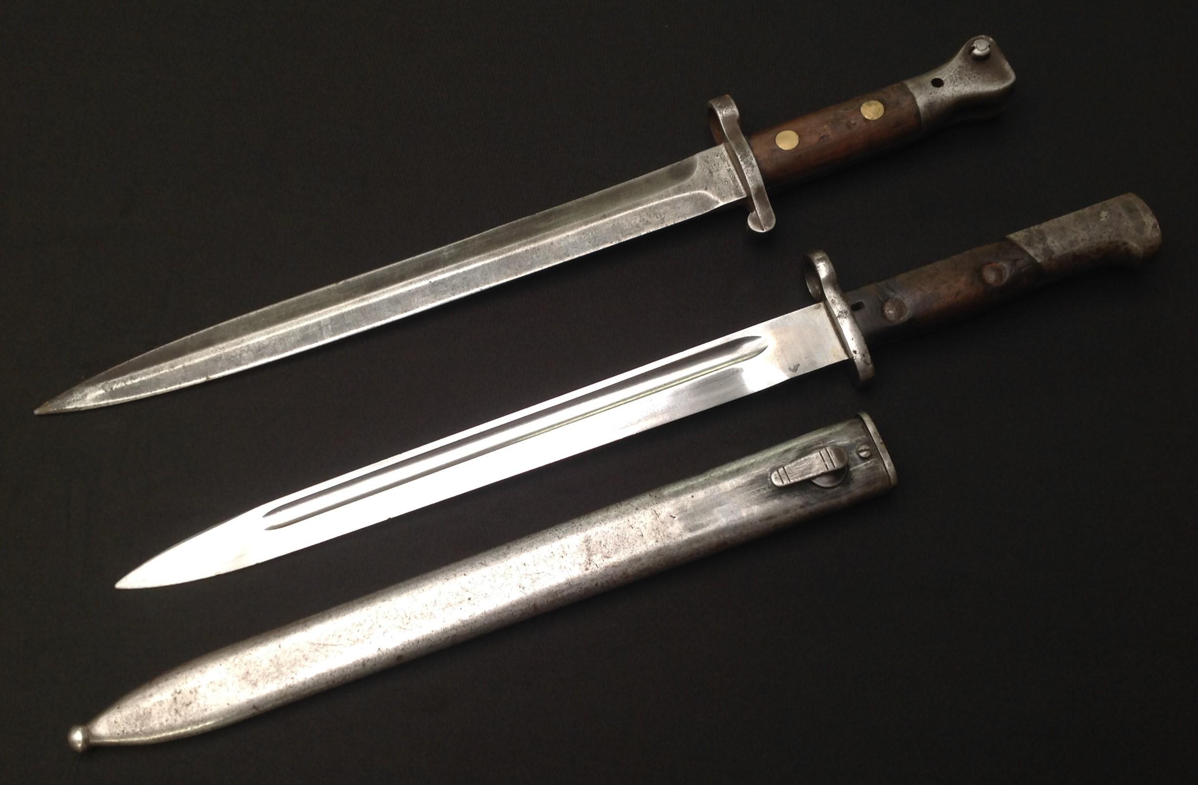 British 1888 pattern Lee-Metford bayonet by Wilkinson, London, 30.5cm blade marked 3 02, two-piece