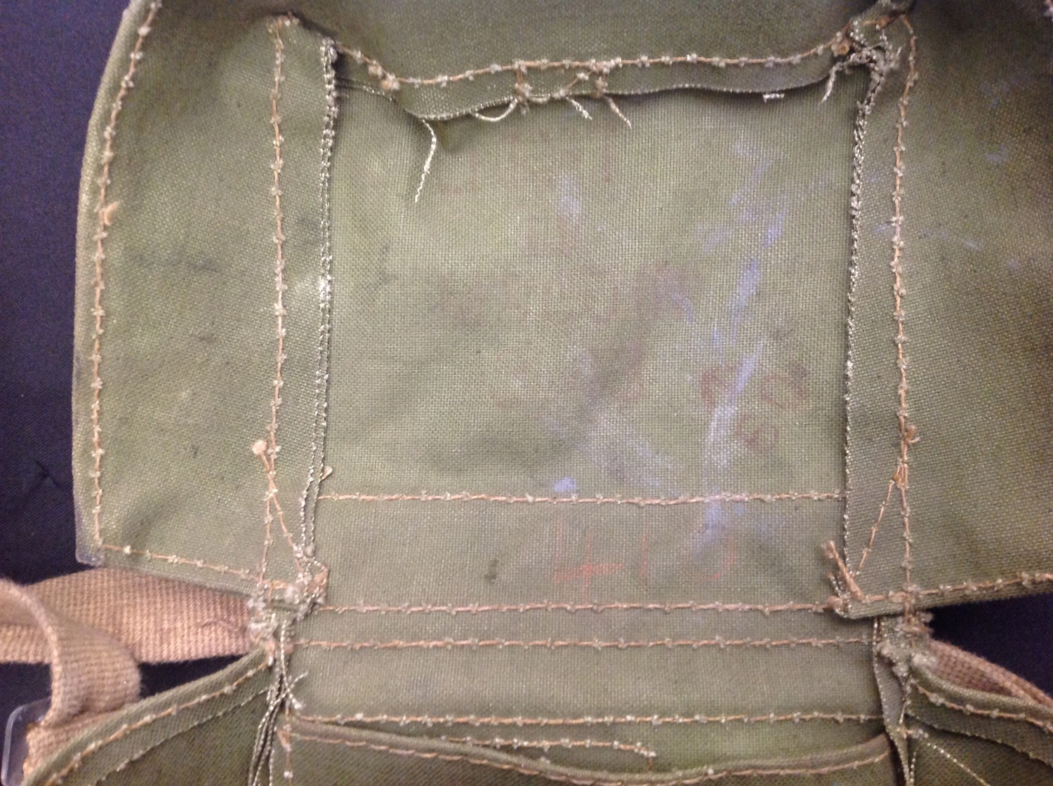 WW2 pattern British Lightweight Respirator, mask dated 1956, straps dated 1964 and complete with a - Image 4 of 4