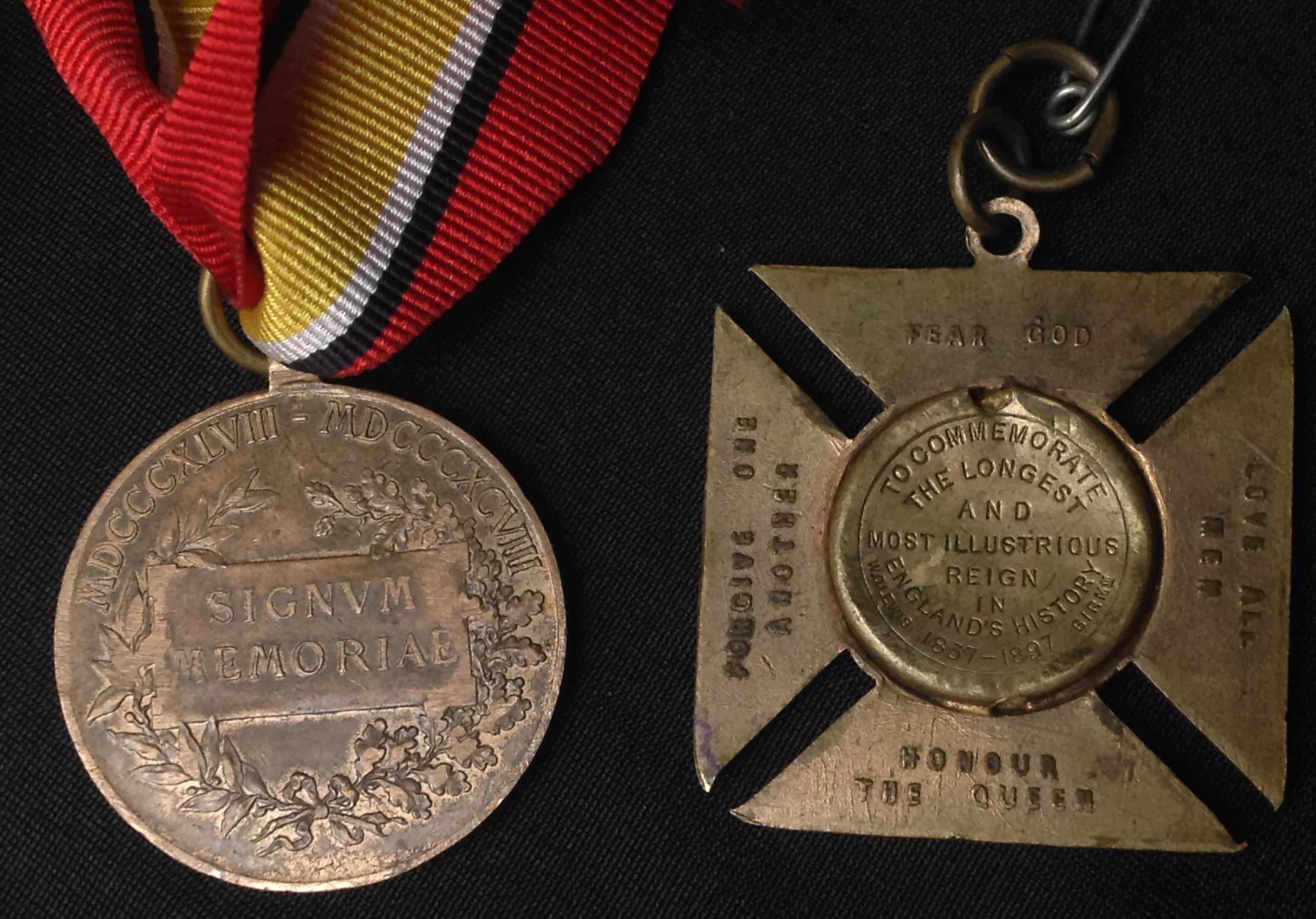 WW2 British War Medals x 2 with packets and a Defence Medal along with a selection of mixed - Image 6 of 7