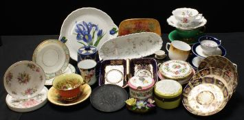 Ceramics - Aynsley Rose cups and saucers; Davenport Imari saucers; a Copleland comport, c.1870; a
