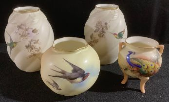 A pair of Graingers Worcester spirally lobed ovoid vase, painted with hummingbirds, 10cm, printed