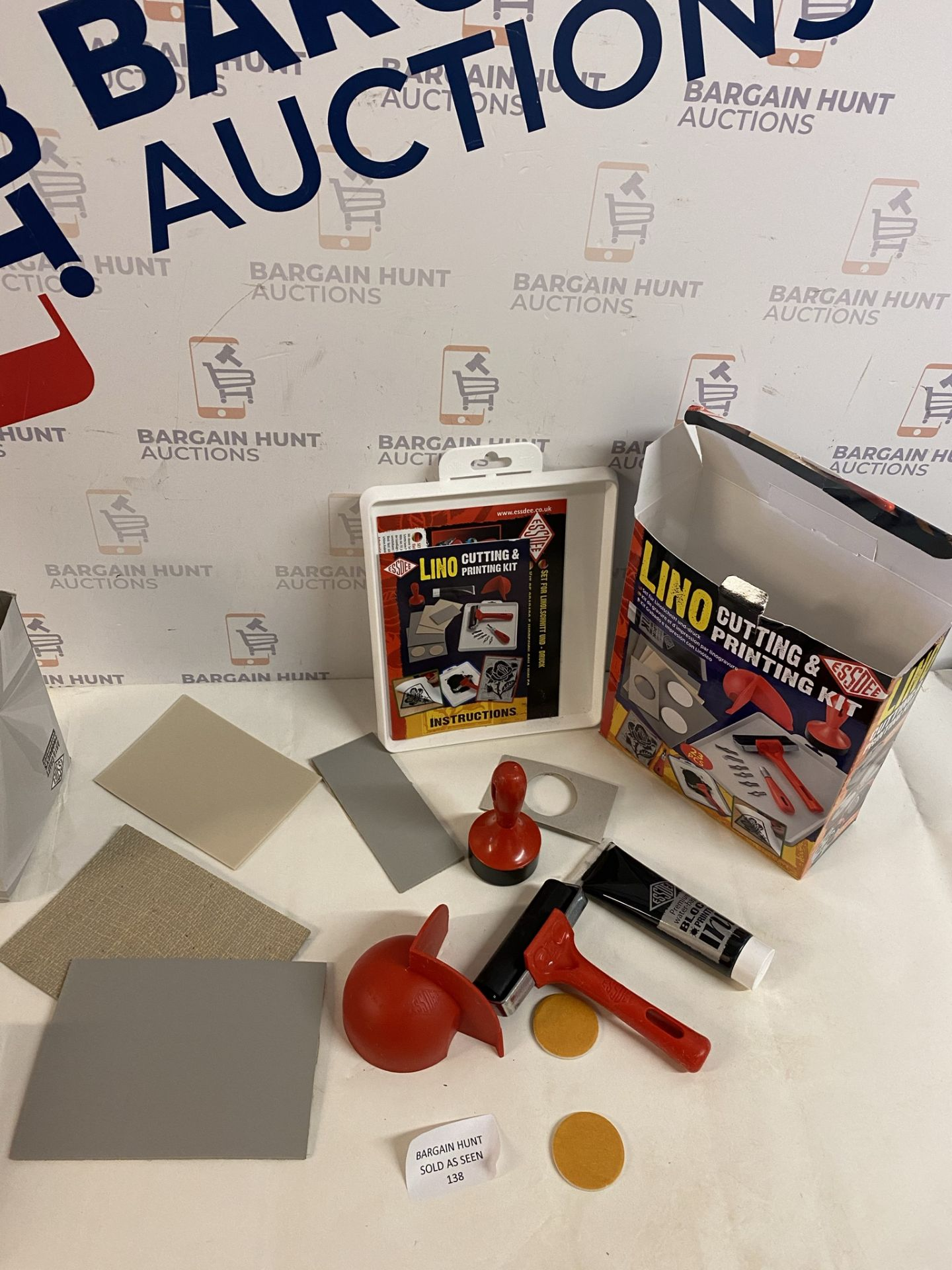 Lino Cutting & Printing Kit (for contents, see image) - Image 2 of 2