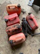 quantity of fuel cans