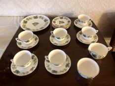 Royal Worcester The Worcester Hop Mathon Tea Set ( perfect no damage )