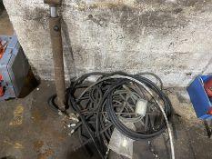 hydraulic pipes and hydraulic ram