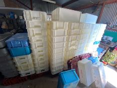 Plastic produce trays, approx 75 in lot
