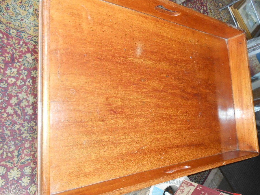 Mahogany Butlers Tray with folding mahogany stand . Tray is 29 x 19 inches stand is 30 inches tall - Image 3 of 5