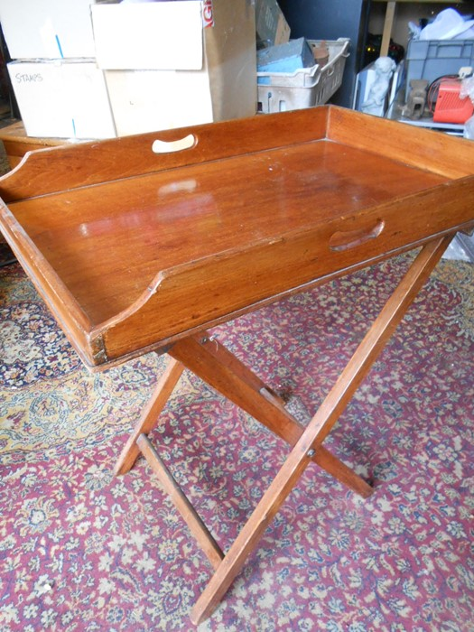 Mahogany Butlers Tray with folding mahogany stand . Tray is 29 x 19 inches stand is 30 inches tall - Image 2 of 5