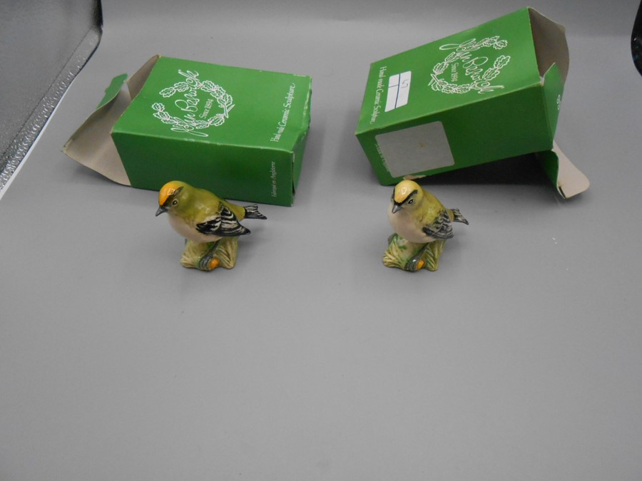 2 Beswick 2415 Goldcrests