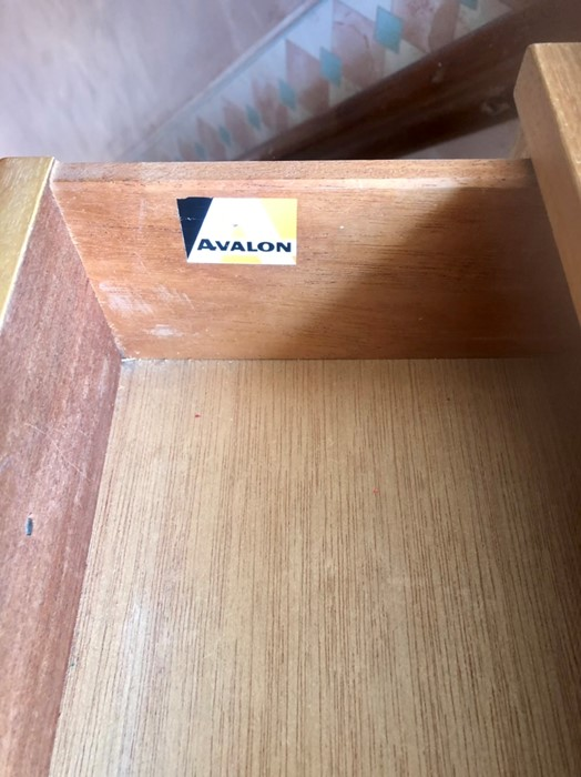 Retro Avalon 4 drawer chest of drawers - Image 4 of 4
