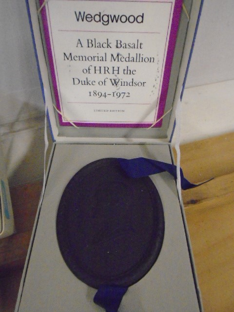 Wedgewood Jasperware collection all boxed some with certs, plus black bassalt medallion of HRH - Image 7 of 7