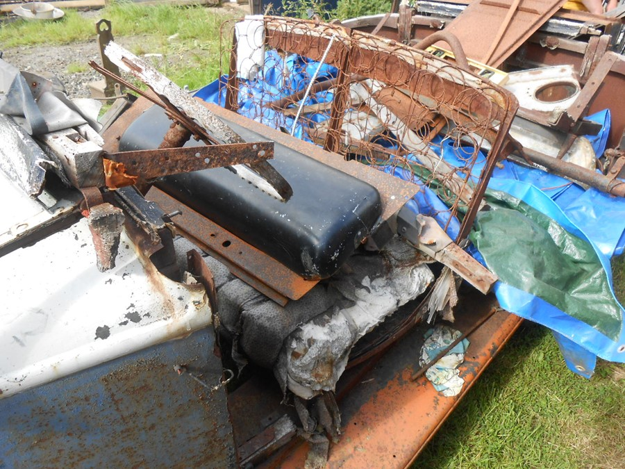 1930 Peugeot Torpedo type 201, in need of restoration currently on a trailer with all the parts - Image 17 of 17