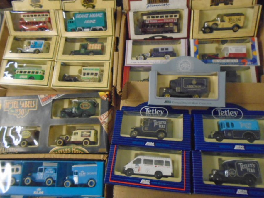 Lledo boxed cars collection - Image 2 of 5