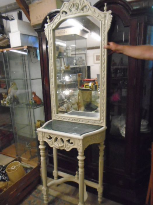 FRENCH SYLE DRESSING TABLE WITH MIRROR AND MARBLE TOP
