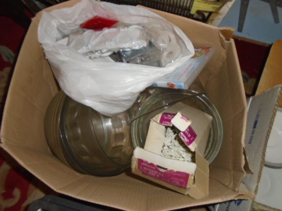 Stillage of ex hotel items to include waste bins, catering items, light fittings, games etc etc - Image 6 of 16