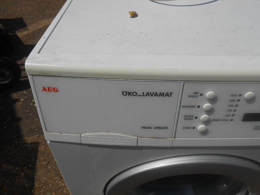 AEG Washing Machine ( house clearance ) - Image 2 of 3