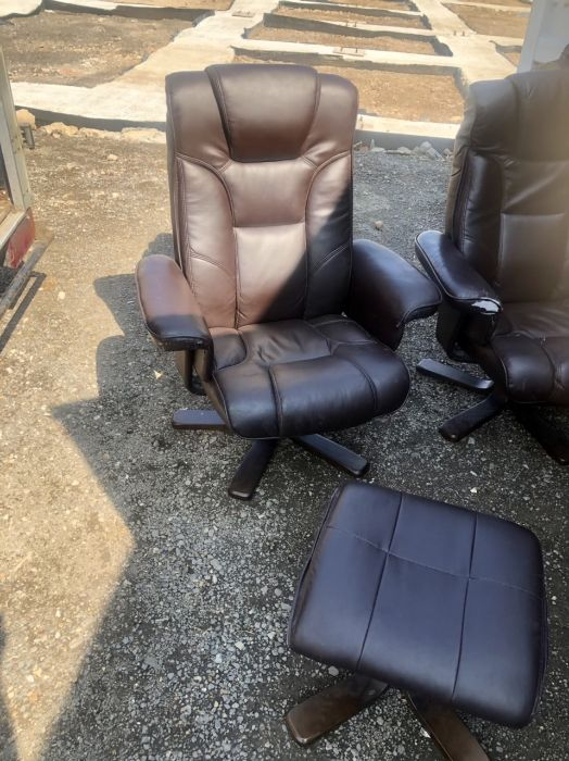Two Swivel Recliners and matching footstools ( one chair A/F ) - Image 2 of 7