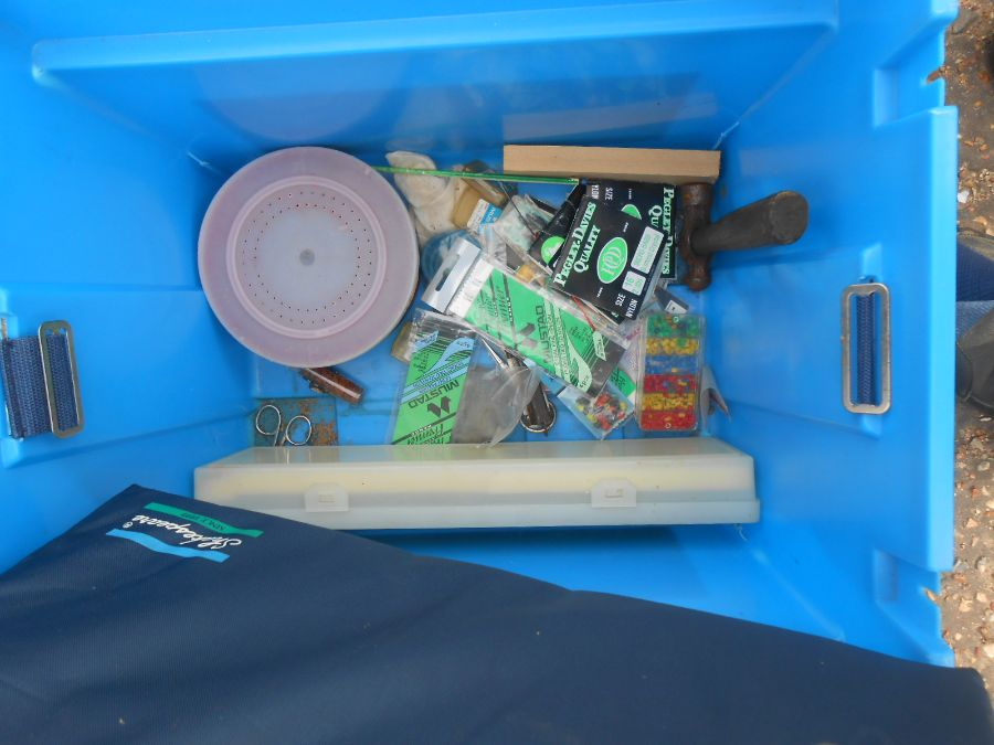 Half Stillage of Tools etc etc there are some tins of paint included look at the photos buyer clears - Image 24 of 25
