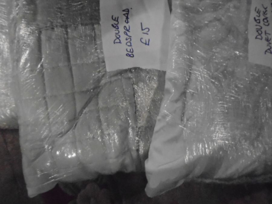 Half a Stillage of Laundered Bed Linen from local hotel single up to king size sheets , pillow cases - Image 8 of 19