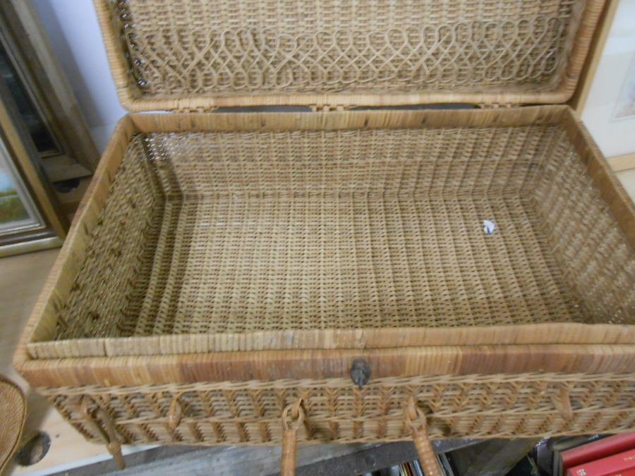 Wicker Picnic Basket and Bag - Image 4 of 6