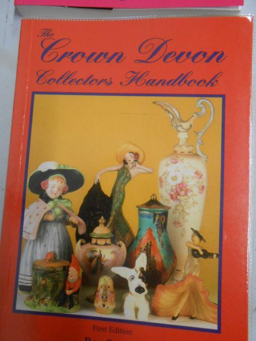 Royal Winton Collectors Handbook from 1925 Muriel M Miller , The Crown Devon Collectors Handbook Ray - Image 4 of 12