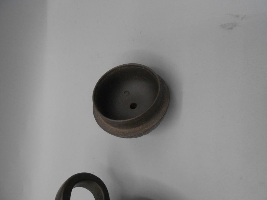 Japanese Ceramic Teapot 3 inches tall and 4 Saki cups - Image 5 of 7