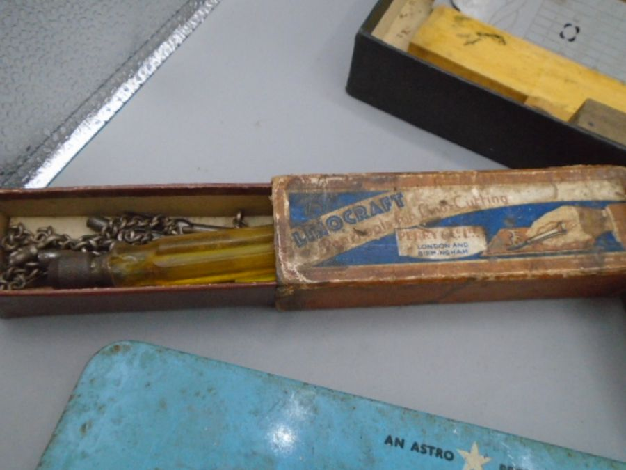 vintage Hand printing items and lino cutting tool - Image 4 of 6