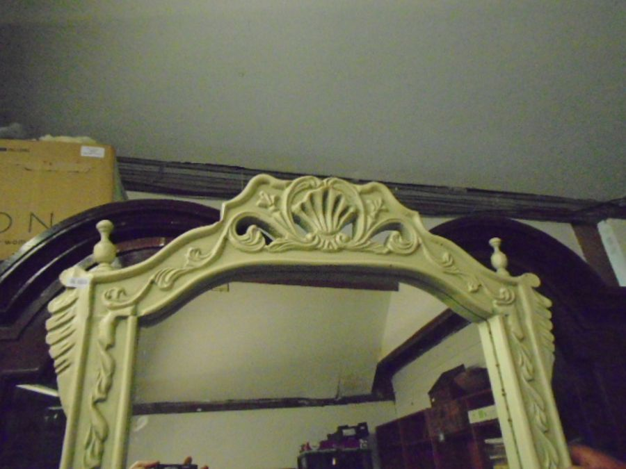 FRENCH SYLE DRESSING TABLE WITH MIRROR AND MARBLE TOP - Image 4 of 4
