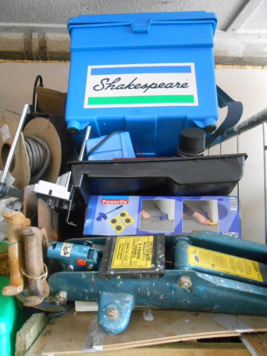 Half Stillage of Tools etc etc there are some tins of paint included look at the photos buyer clears - Image 25 of 25