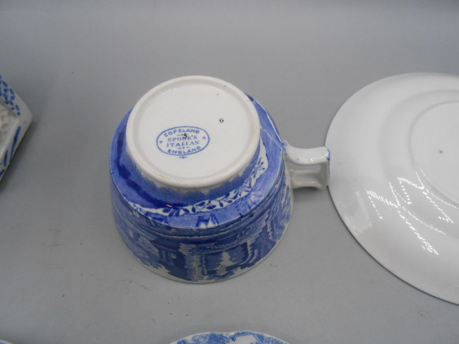 Assorted Blue and White China - Image 7 of 10