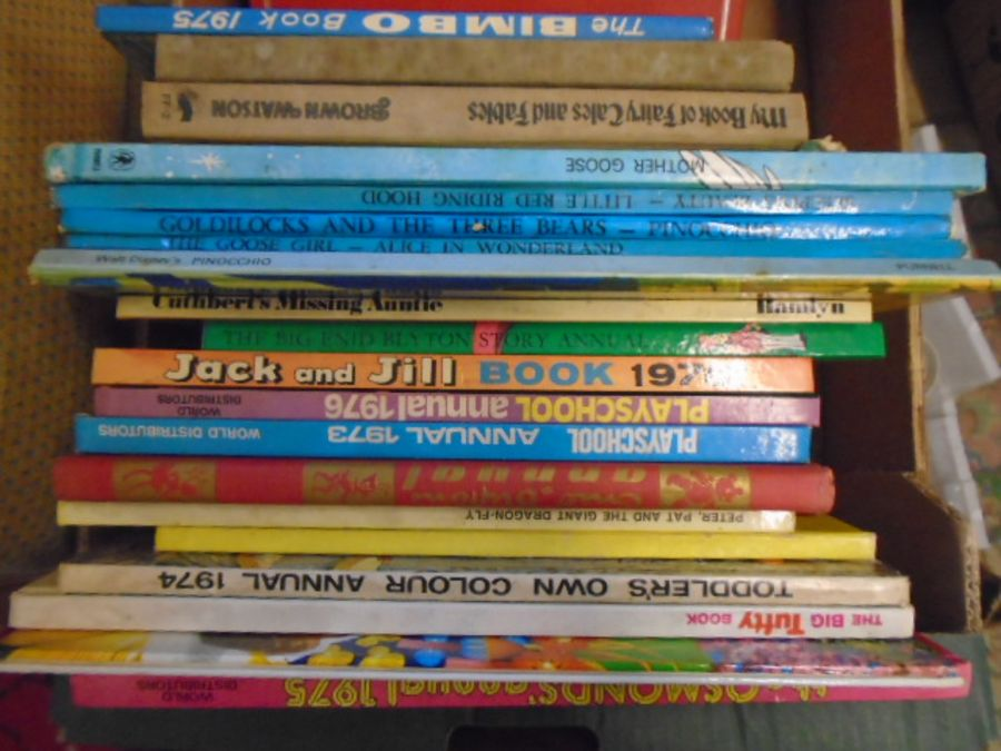 books, mostly old childrens