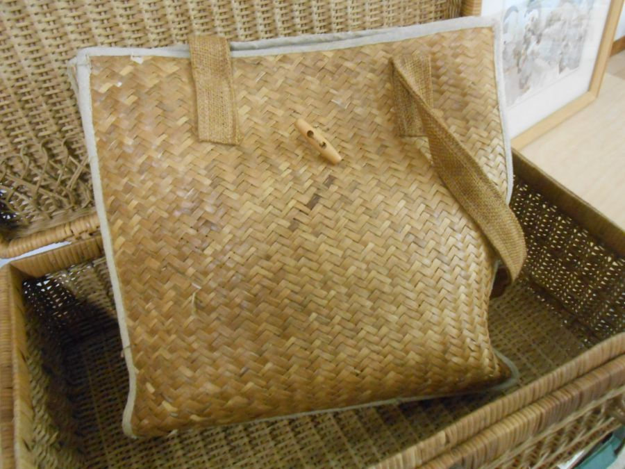 Wicker Picnic Basket and Bag - Image 6 of 6