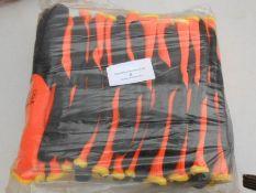 12 pairs of heavy duty gloves