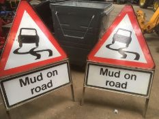 2x Mud on road warning signs