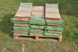 Quantity of 25kg potato bags