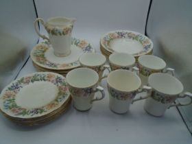 Paragon 'country lane' dinner ware