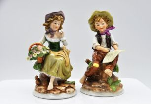 Pair of Alfretto by Maruri figures, 15cm tall