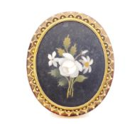Victorian pietra dura and yellow gold brooch