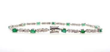 Emerald, diamond and white gold bracelet