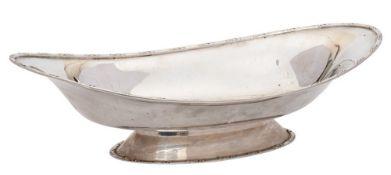 A George IV silver pedestal dish, maker Barker Brothers, Chester,
