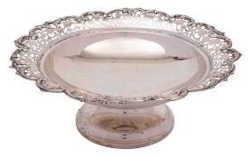 A George V silver pedestal fruit dish, maker S Blanckensee & Son Ltd, Chester,