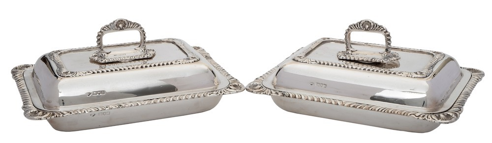 A pair of Edward VII silver rectangular entrée dishes and covers,