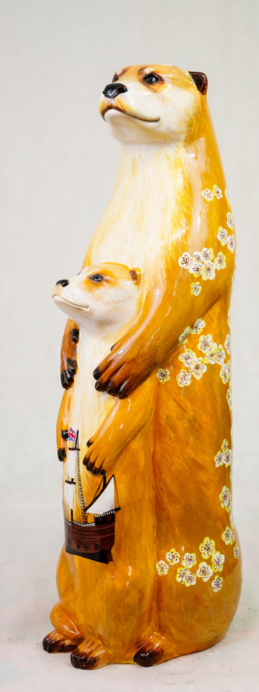 Lot No: 81 - Ref No: 080 The Mayflower Otter By Jan Phethean Jan Phethean is a contemporary - Image 2 of 3