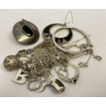 A small quantity of silver and white metal scrap jewellery.